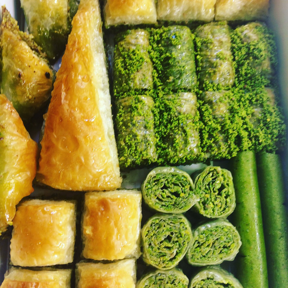 10 Delicious Turkish Desserts and Sweets to Try