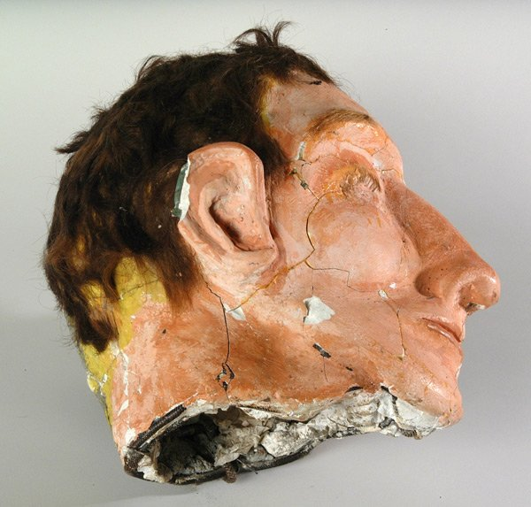 "Clarence Anglin's ""head"", used in the 1962 Alcatraz escape by Frank Morris and the Anglin brothers. #museum101 https://t.co/VAcTvbWD6q"