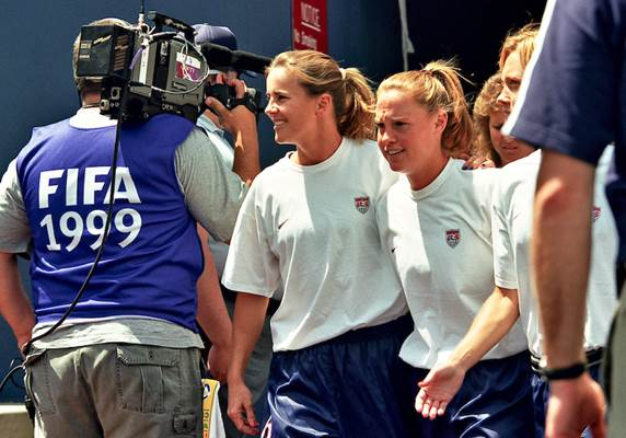 Before one final round of  on March 4, a look at @christierampone&#39;s extraordinary #USWNT career through photos.   http:// ussoc.cr/2kDpT7U  &nbsp;  .<br>http://pic.twitter.com/69IDy9UoNb