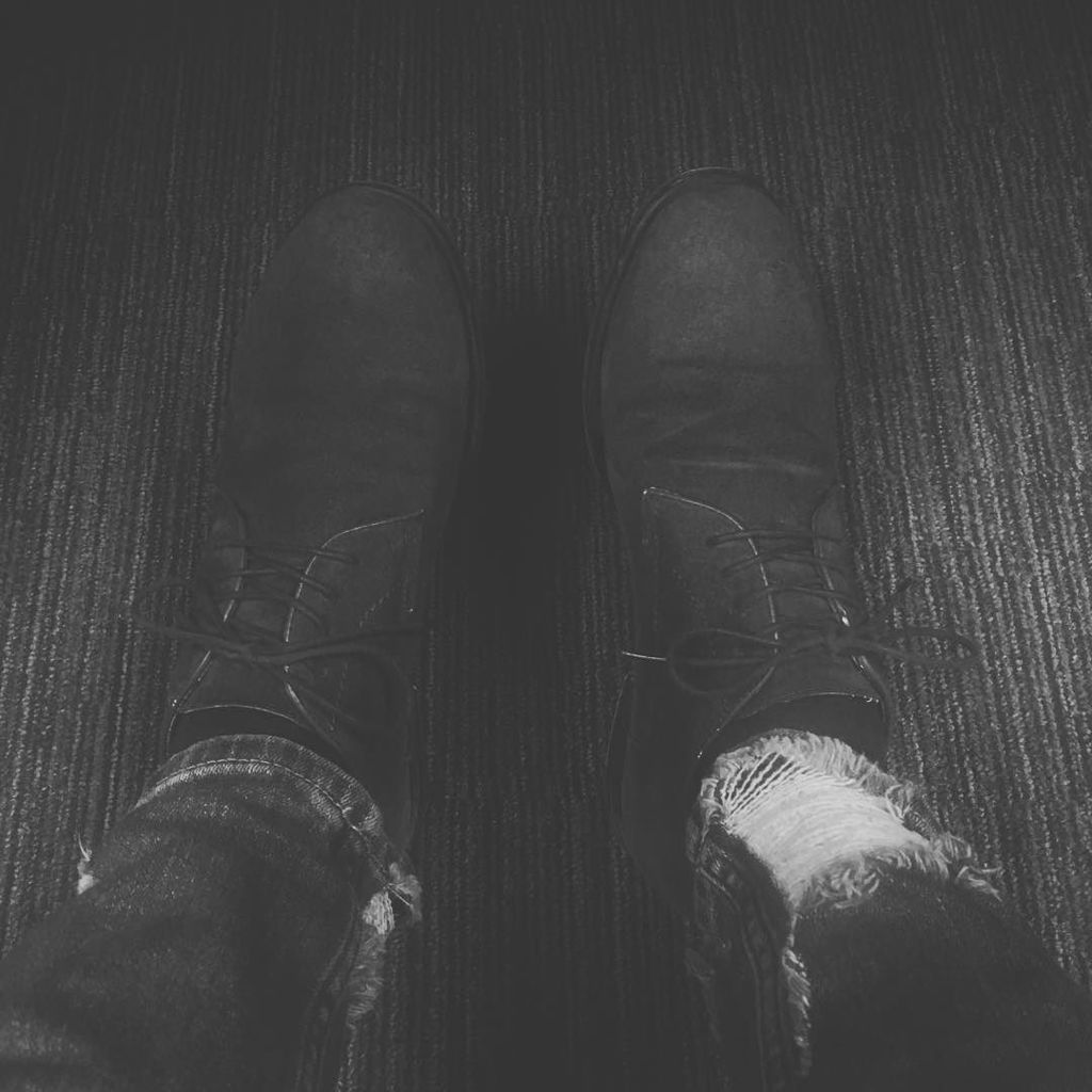Jeans... #jeans #rippedjeans #zara #blackandwhite #bw #montreal #mtl #514 #aldoshoes #aldo…  http:// ift.tt/2kzxXWq  &nbsp;  <br>http://pic.twitter.com/DxnaH53U7i