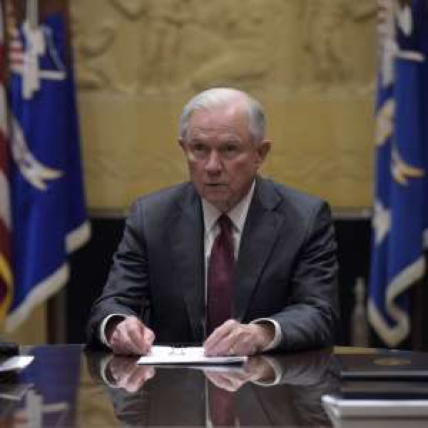 #Sessions won&#39;t remove himself from #TrumpRussia investigations — here&#39;s what the rules say    http:// a.msn.com/r/2/AAmZfld  &nbsp;  <br>http://pic.twitter.com/aPeg3as1SK