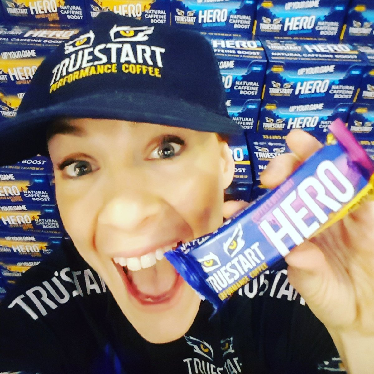 Hero bars all round!! @TriShowLDN @londonbikeshow #coffee #caffeine #cycling #triathlon #TEAMTRUESTART #UPYOURGAME https://t.co/ctMgPbtr8v