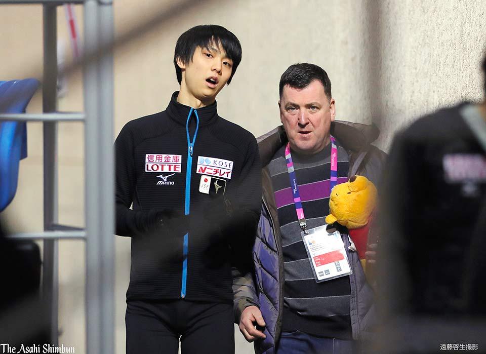 t.asahi.com/mywa フィギュアスケート四大陸選手権、男子SPの滑走順抽選があり、#羽生…