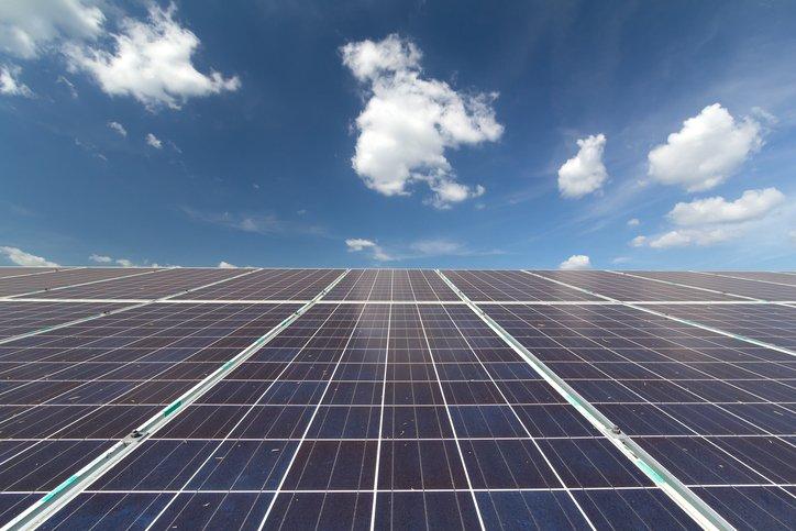 U.S. #solar PV installations jumped 95% in record-breaking year - https://t.co/A3ooMt63PR #renewables https://t.co/rAiUdBAhit
