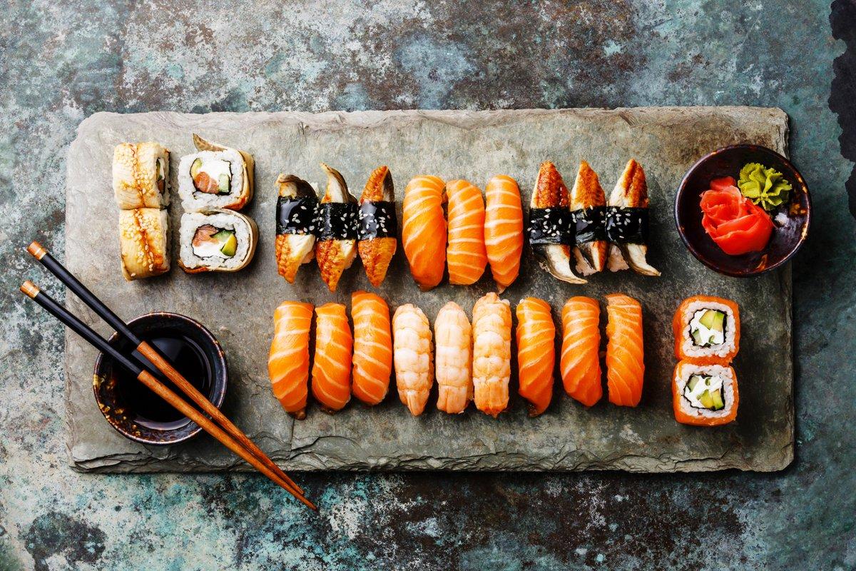 Aussi bon que #tendance, le sushi a désormais son championnat en France ! Bon appétit !  http:// bit.ly/2kNXHlo  &nbsp;   @FoodGeekandLove<br>http://pic.twitter.com/xQ1yr67KKm