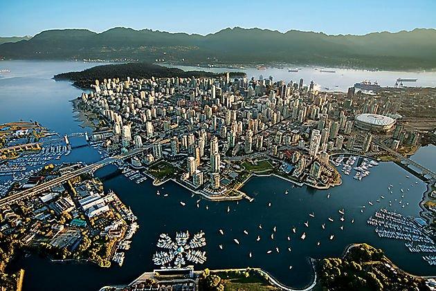 #Vancouver, l&#39;un des grands #ports mythiques du monde  http:// bit.ly/2jUHS8I  &nbsp;   #canada150  @Explorezsansfin<br>http://pic.twitter.com/XpUvQKgVjH