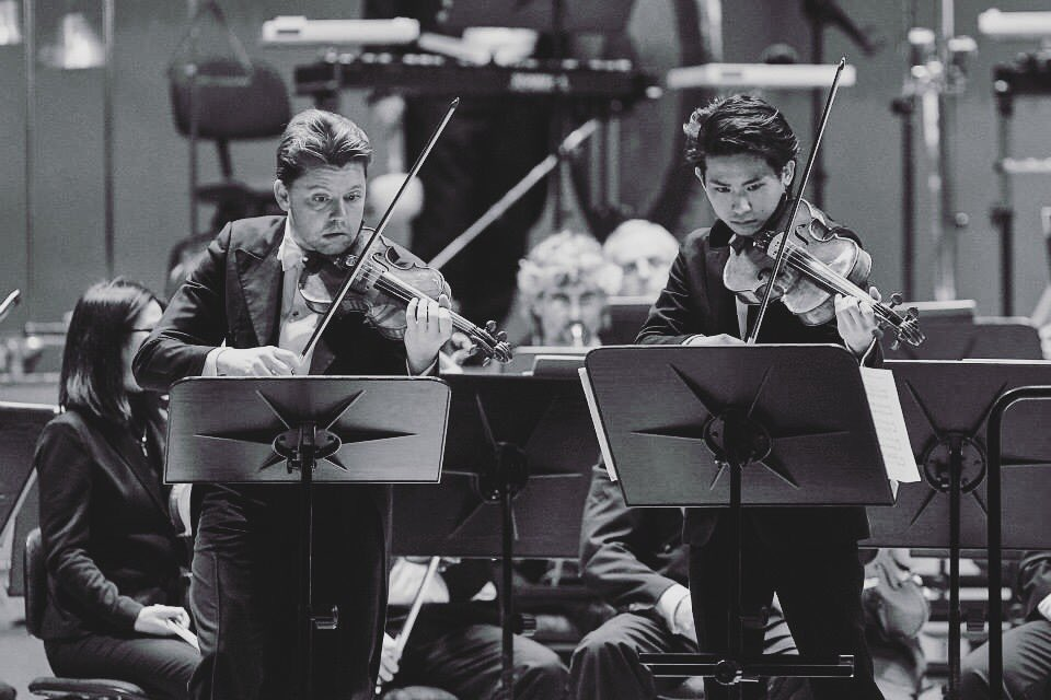 #throwbackthursday #2015 K.Penderecki&#39;s Concerto Doppio with @JulianRachlin and @symphonybasel  #violin #viola #orchestra <br>http://pic.twitter.com/iC64e3dgJn