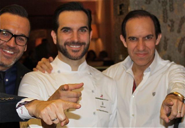 #NOVEDAD: @RteCoque, dos estrellas Michelín, se muda al corazón de #Madrid tras +40 años en la localidad de Humanes  http://www. origenonline.es/index.php/2017 /02/14/coque-los-hermanos-sandoval-se-instalara-verano-centro-madrid/ &nbsp; … <br>http://pic.twitter.com/Xu0g4wF8WQ