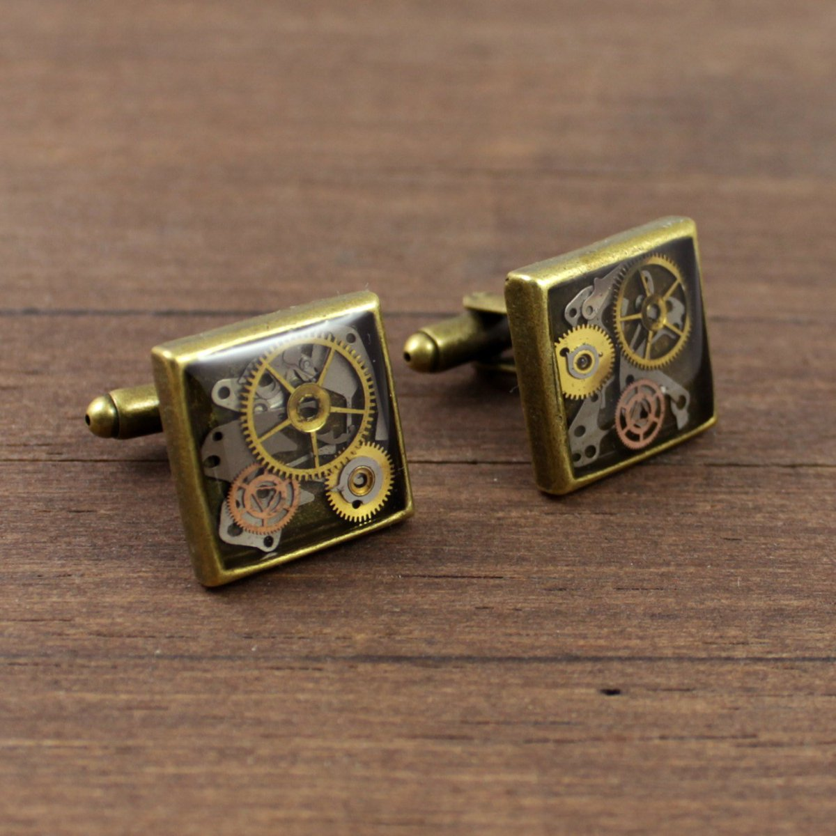 Steampunk Cufflinks, Watch cufflinks, Watch Parts Cufflinks, Men c… https://t.co/lxXZvriNpn #Nestre #BronzeCufflinks