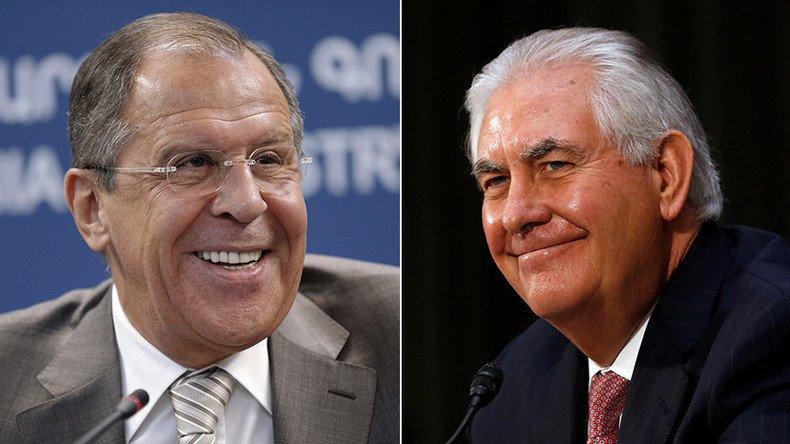 Avant de rencontrer #Tillerson, #Lavrov précise que la #Russie n'interfère pas «ds les affaires d'autres pays»  https:// francais.rt.com/international/ 34074-g20-chefs-diplomatie-bonn-premiere-rencontre-lavrov-tillerson &nbsp; … <br>http://pic.twitter.com/v0Oidxvfoy