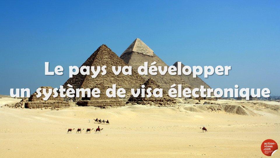 #EGYPTE  Un e-Visa à venir pour découvrir le don du Nil  https://www. facebook.com/notes/action-v isas-le-monde-sans-fronti%C3%A8re/egypte-le-pays-va-d%C3%A9velopper-un-syst%C3%A8me-de-visa-%C3%A9lectronique/1297952143576570 &nbsp; …  #visa #tourisme #voyage <br>http://pic.twitter.com/mHUszrCnGy