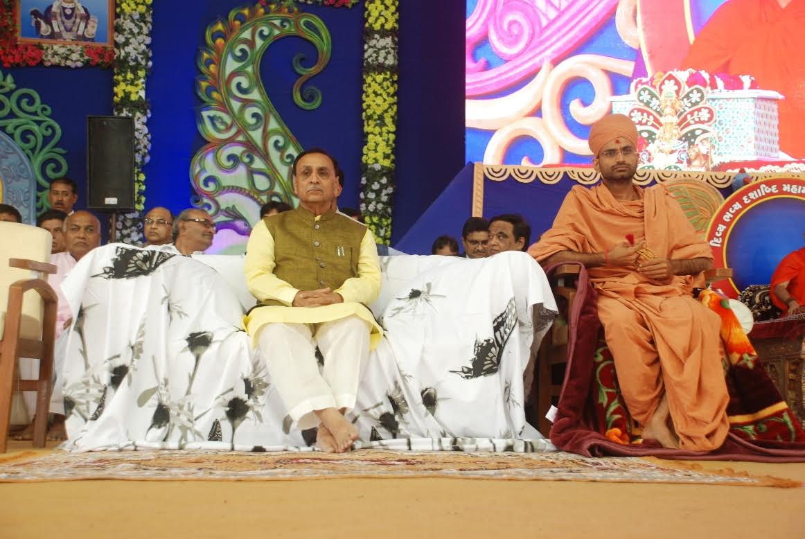 Chief Minister attends Swaminarayan Temple decennial celebration at Morbi