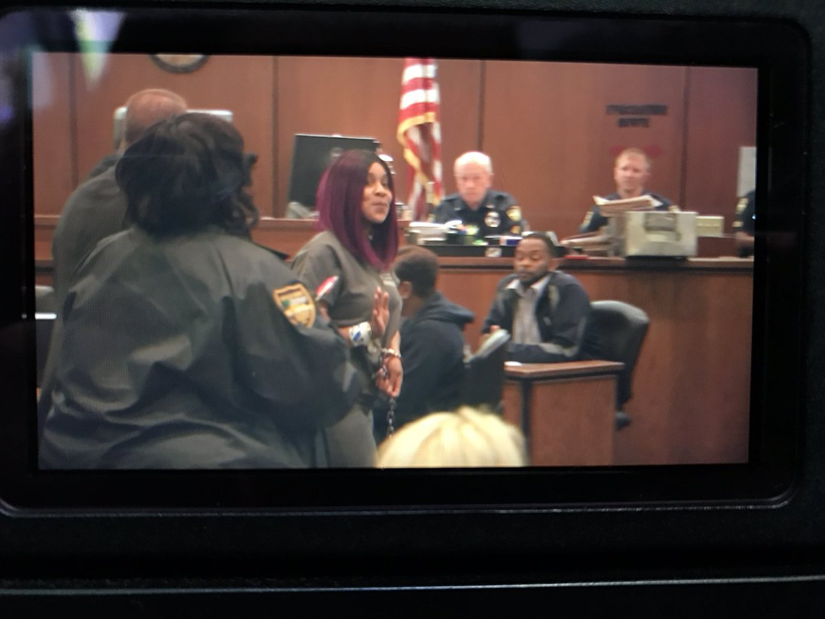 #BrittneyJones waiving to our cameras she's accused of having sex in the  #Duval county CH what her attorney had to say at 5 @ActionNewsJax  pic.twitter.com/ ...