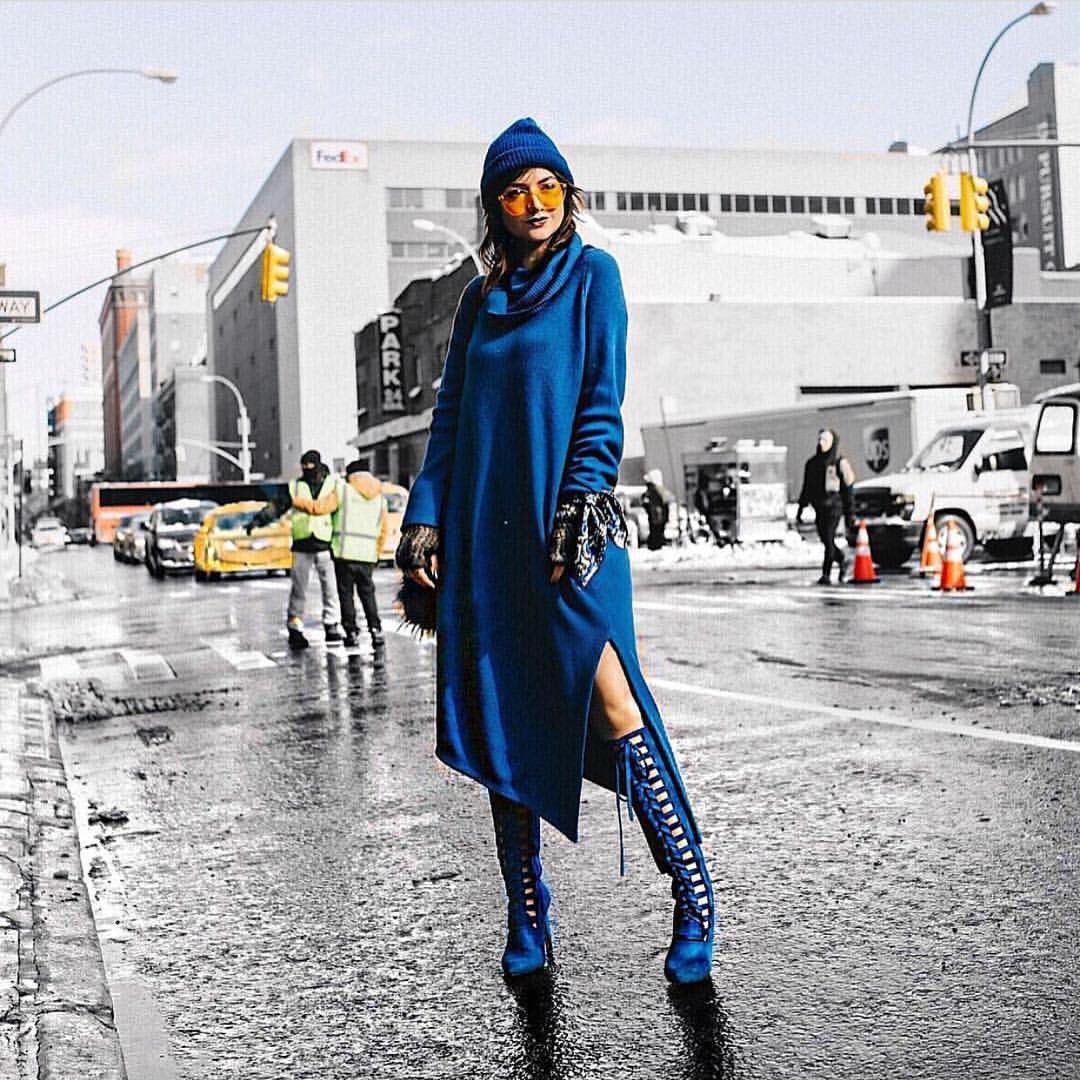 Wow!! @lexiconofstyle wearing this blue @zynnicashmere with total confidence! #NYFW!!  #fashion #style #stylish #love #sweater #me #cute<br>http://pic.twitter.com/SyCSYpaPI4