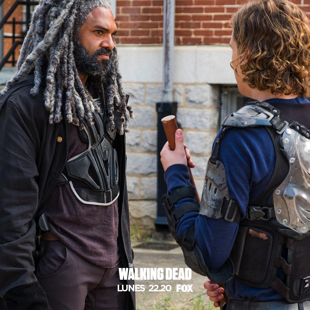The Walking Dead Temporada 7: Noticias,Fotos y Spoilers. - Página 6 C4zQABCUMAAZ1qf