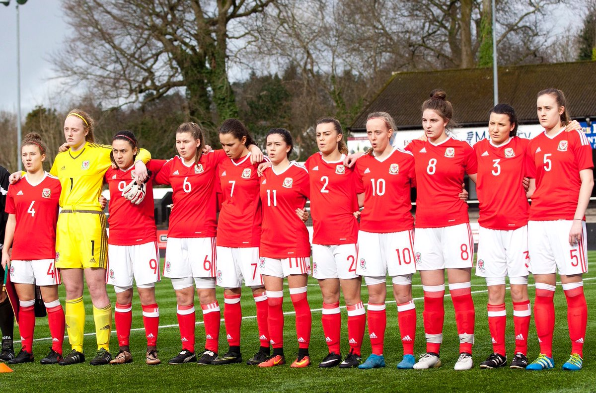 Great week with the @FAW_Womens U17&#39;s, disappointing results but a great learning experience for me and the team!  #TogetherStronger <br>http://pic.twitter.com/RUyEjndGTY