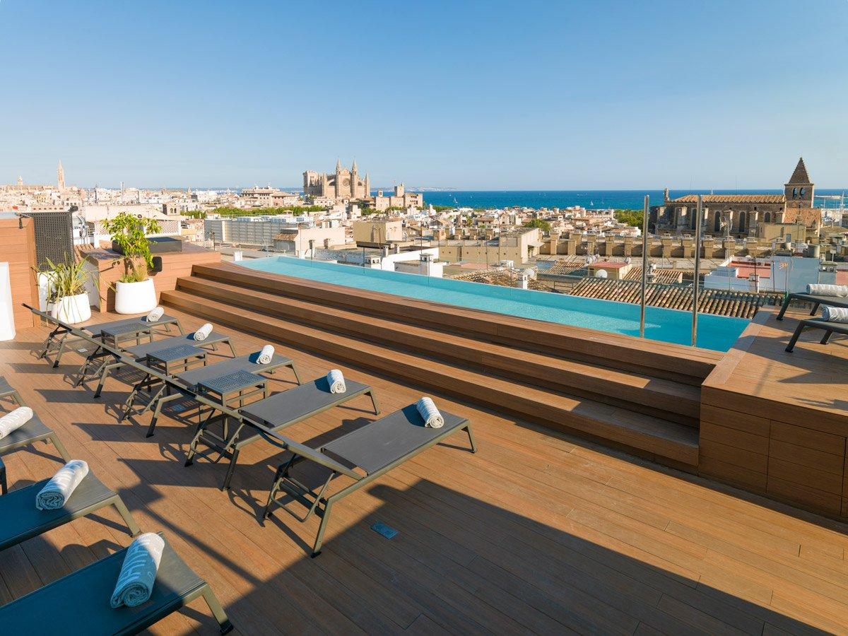 Nakar Hotel - A smart accommodation in #Palma de Mallorca  http:// bit.ly/2kX2T6F  &nbsp;  <br>http://pic.twitter.com/M7f4ue5dPF
