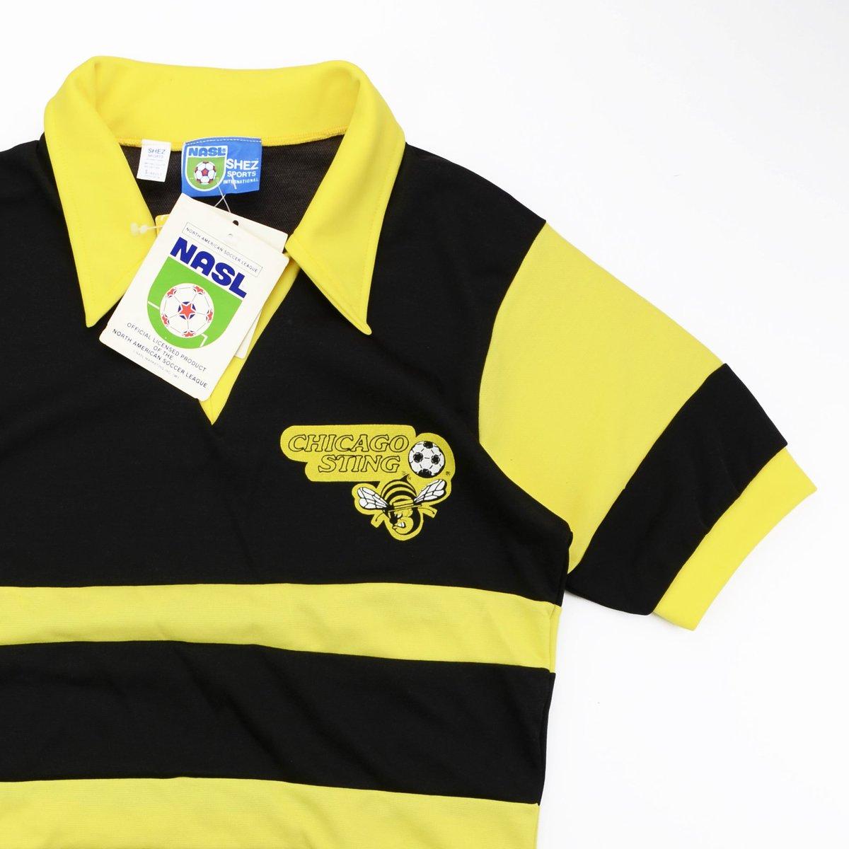 452de58222c Classic Football Shirts on Twitter