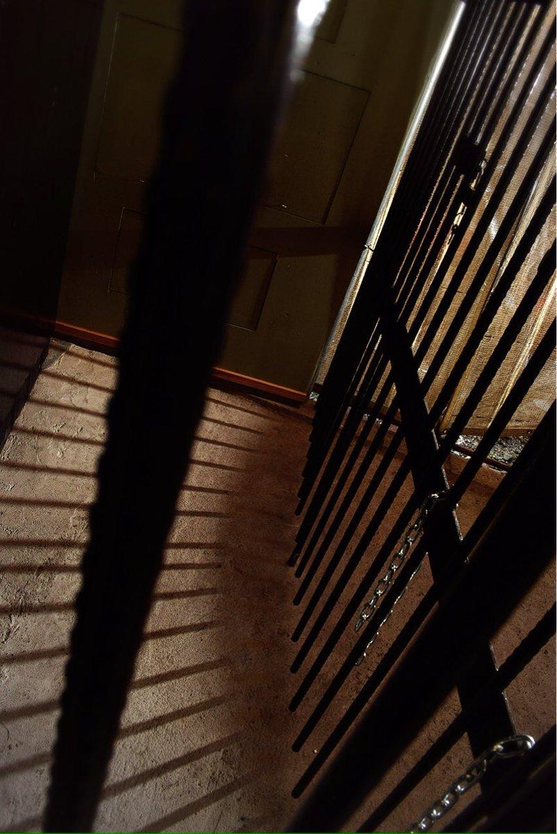 牢屋撮影スタジオ 新セット 牢屋 できました! 仙台・東北でも牢屋撮影できます! 本日3/3より利用受付開始。 貸切でもシェアでも使えます。 既にスタジオ予約済みの方も追加利用可能  ...