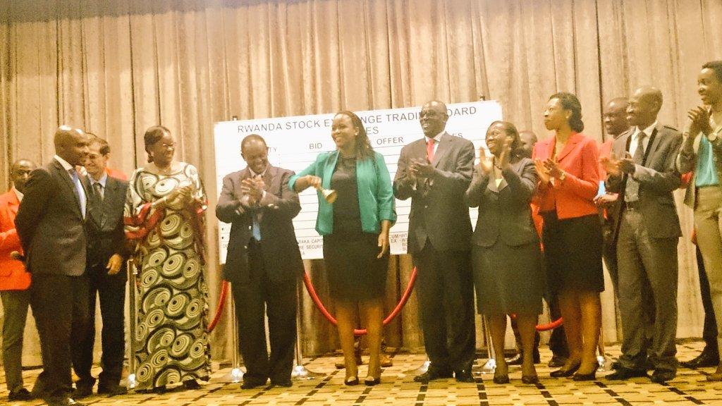 @cakamanzi ringing the bell 4 #gender #Fatou.lo @Drjamesndahiro @RwandaGender @RDBrwanda <br>http://pic.twitter.com/yu16tOFRew