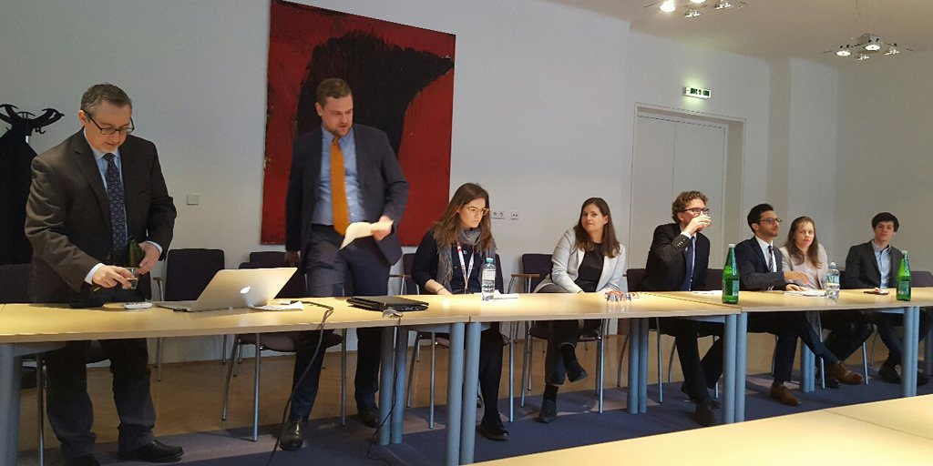 Dr. Paul Freedman (left) from @PoliticsUVA discussed the #USElections2016 with @MFA_Austria trainees yesterday.<br>http://pic.twitter.com/HlD56vz4iy