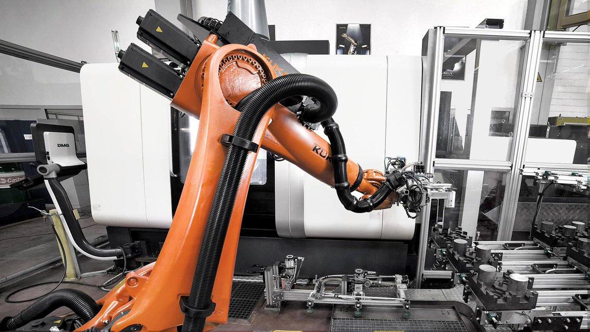 Kuka Robotics On Twitter Kuka Robotics Uses Our Own Robots To Make