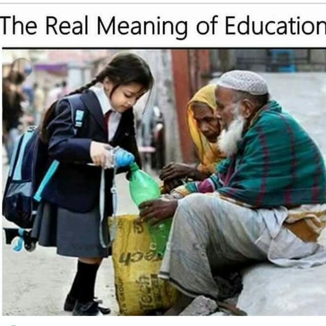 📖بنا کتابوں کے جو علم سیکھا جاتا ہے ..   اسے زندگی کہتے ہیں ......  #زندگی