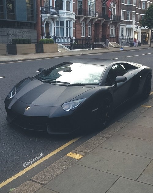 Matte black Aventador ♠ https://t.co/IEHhR5ILpF