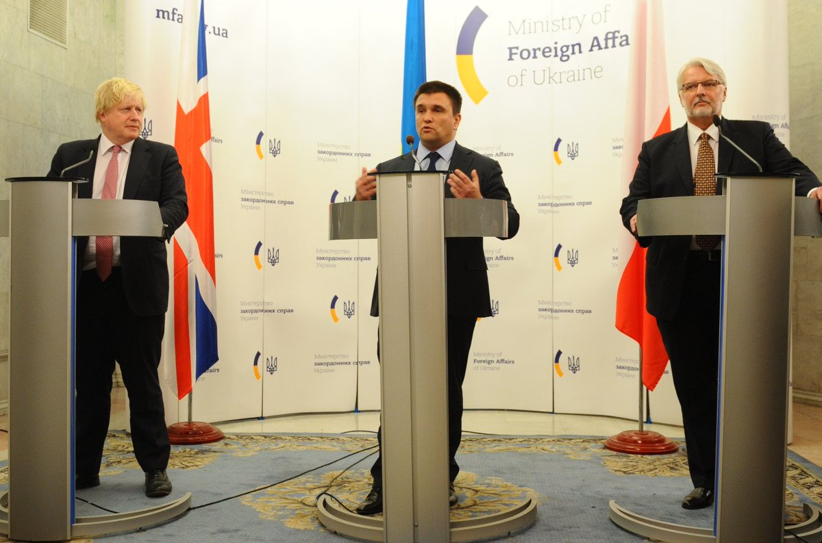 .@BorisJohnson: The UK  and  Poland stand shoulder to shoulder with Ukraine. That's the message my Polish colleague and I delivered to Ukraine FM @PavloKlimkin