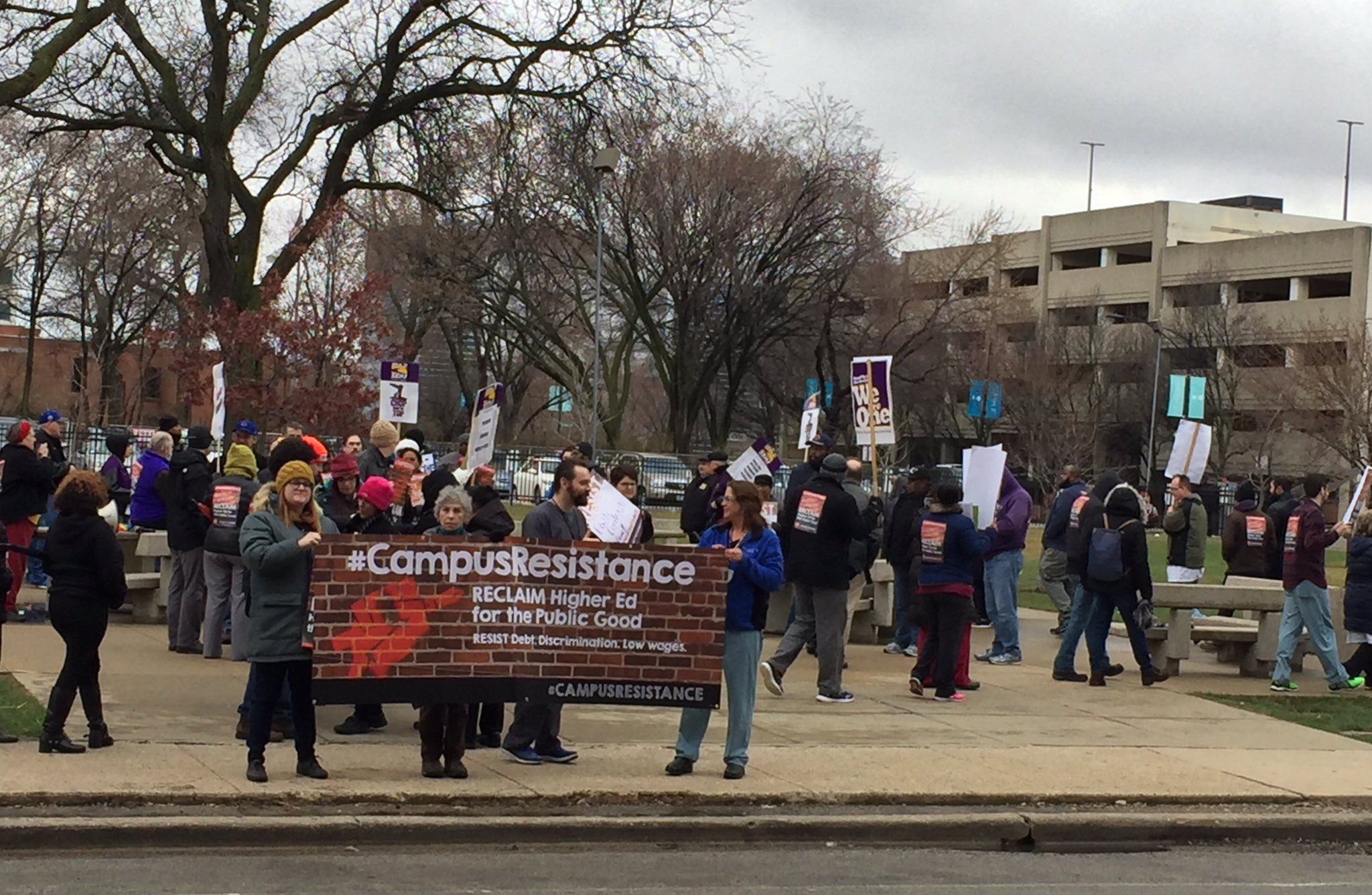 Wrapping up #CampusResistance at UIC with chants of 'we'll be back'! Next up...Loyola-c u there 4pm outside Cudahy Hall https://t.co/WhxTB7OHAT