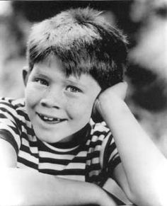 Happy Birthday today to Ron Howard. Believe it or not Opie, Richie and Ron all turn 63 today!