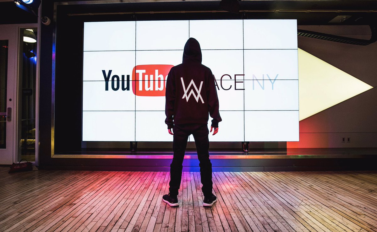 Visited @YouTubeSpaceNY today! Really cool what you guys have over there🔥