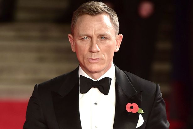 Happy Birthday Daniel Craig, pemeran resmi James Bond keenam. Stay cool, Mr. Craig!