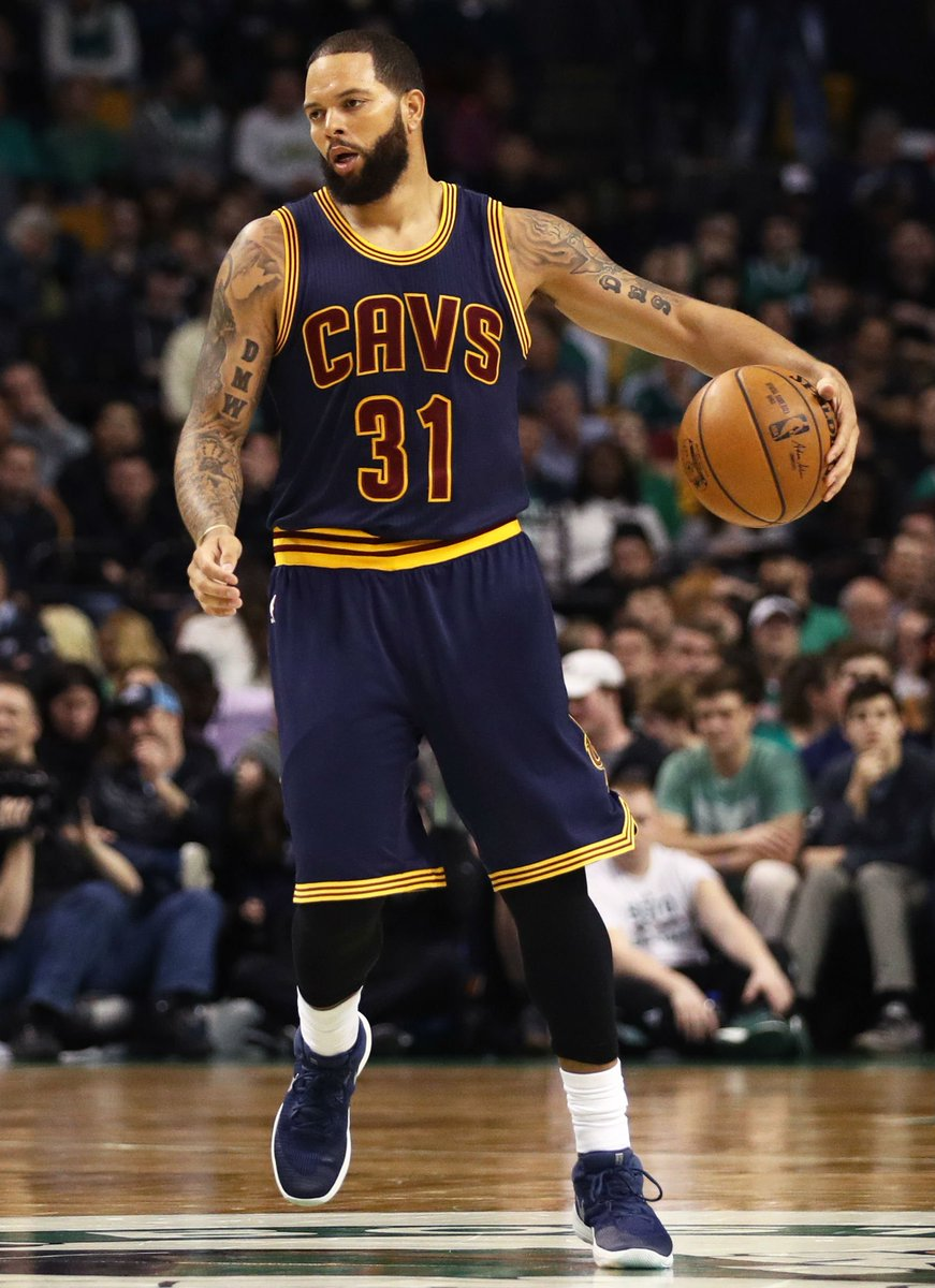 14302f7c0fa solewatch deronwilliams debuts for the cavs in the nike zoom rev 2017