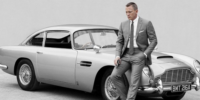 Happy birthday to Daniel Craig, 49 today !!