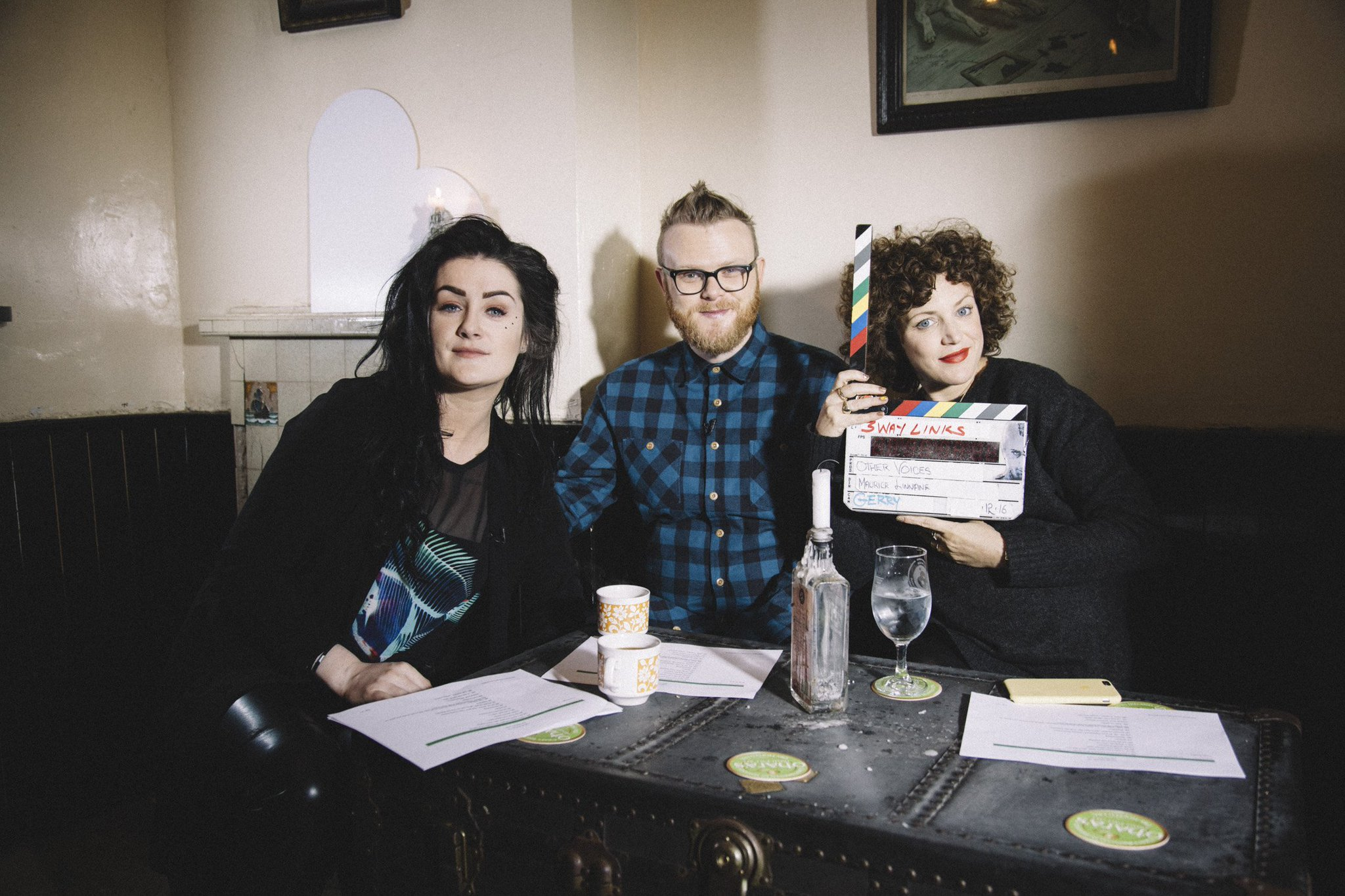 RT @OtherVoicesLive: Not long to go now, join @MayKapes @huwstephens and @AnnieMac on RTÉ 2 // 23.25 📺 🇮🇪🎶💙 https://t.co/6QdOtrwpIt