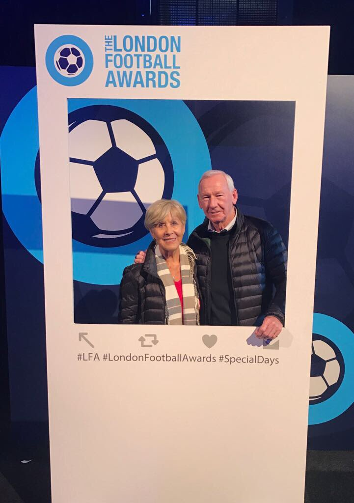 Ahead of #LFA17 @BobWilsonBWSC and @Meg5W are warming up their selfie smiles @BatterseaEvo for #SpecialDays https://t.co/d5dbKZlv52