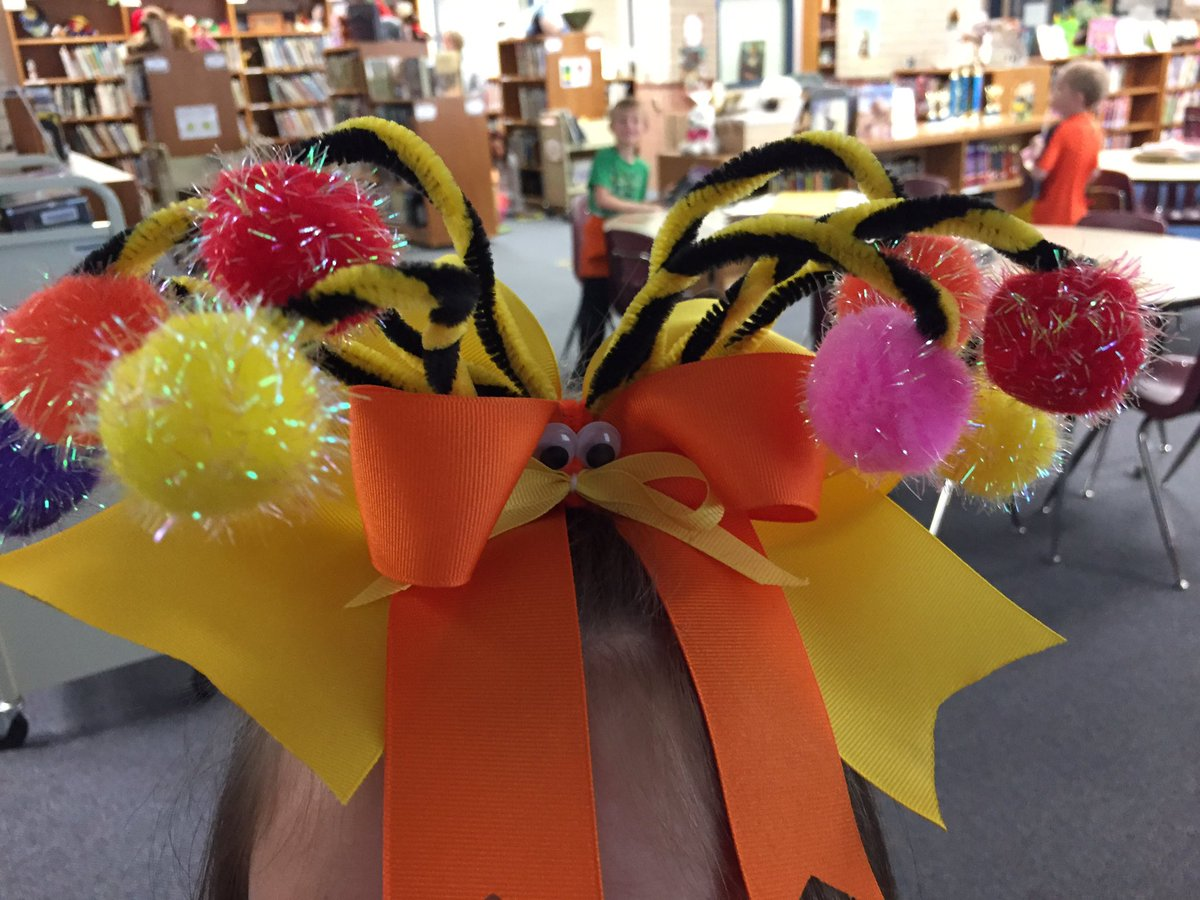 """Dr. Seuss week!  Today is """"The Lorax"""".  Love this hair bow!   @Dorsey_Wildcats #ReadAcrossAmerica"""