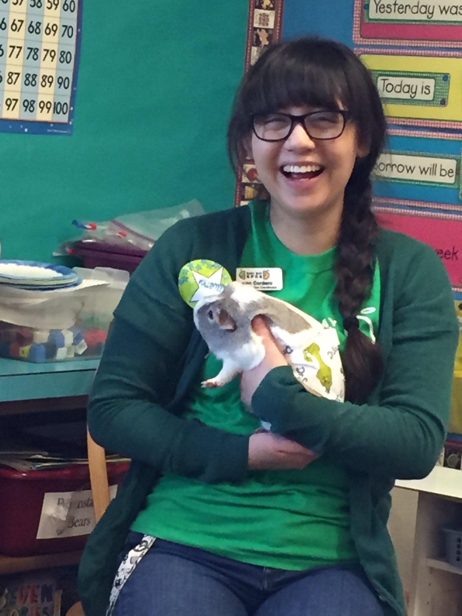 A guinea pig from the SPCA helped us celebrate #ReadAcrossAmerica @FredPrincipal @DUSD4kids https://t.co/rQ3W9kCxah