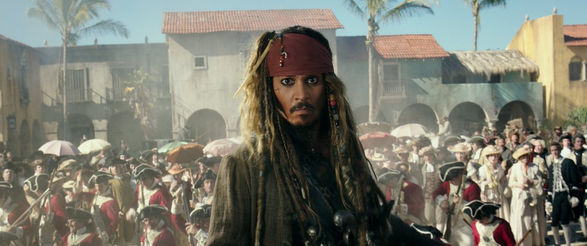 Watch the brand new trailer for Pirates of the Caribbean: Dead Men Tell No Tales. In theaters May 26. #PiratesLife https://t.co/bBgUE7zVAd