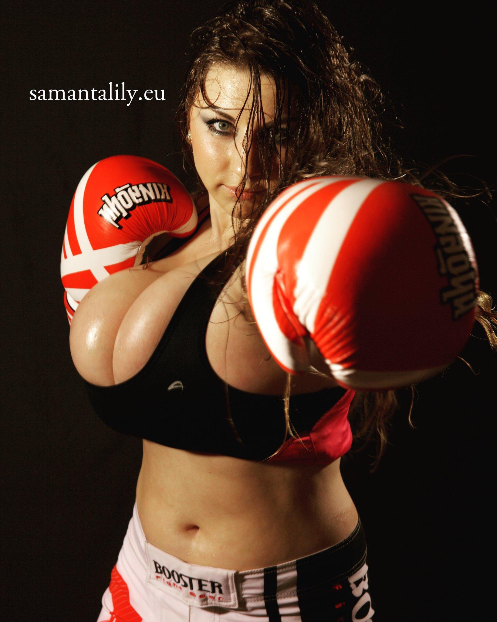Samanta lily boxing
