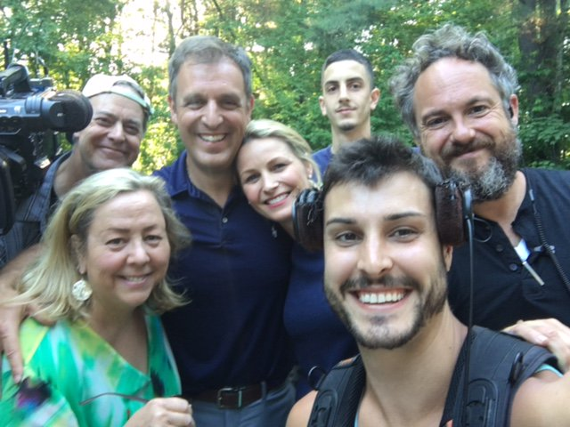 House Hunters On Twitter We Re Behindthescenes With The Cast And