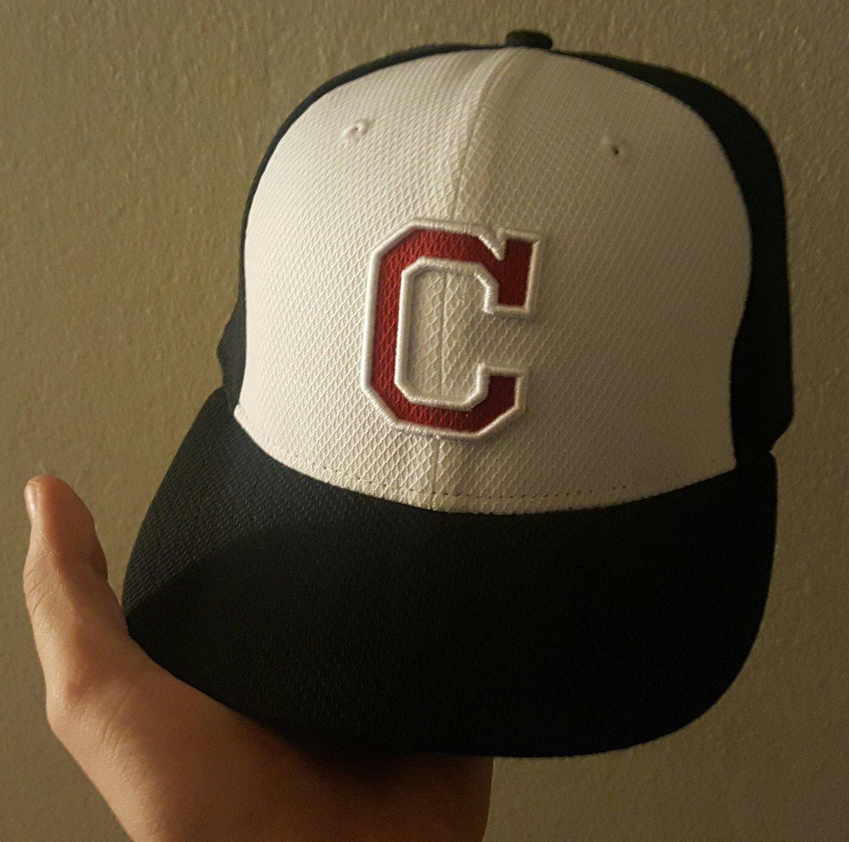 brand new 42b7b 06910 HAT CLUB on Twitter:
