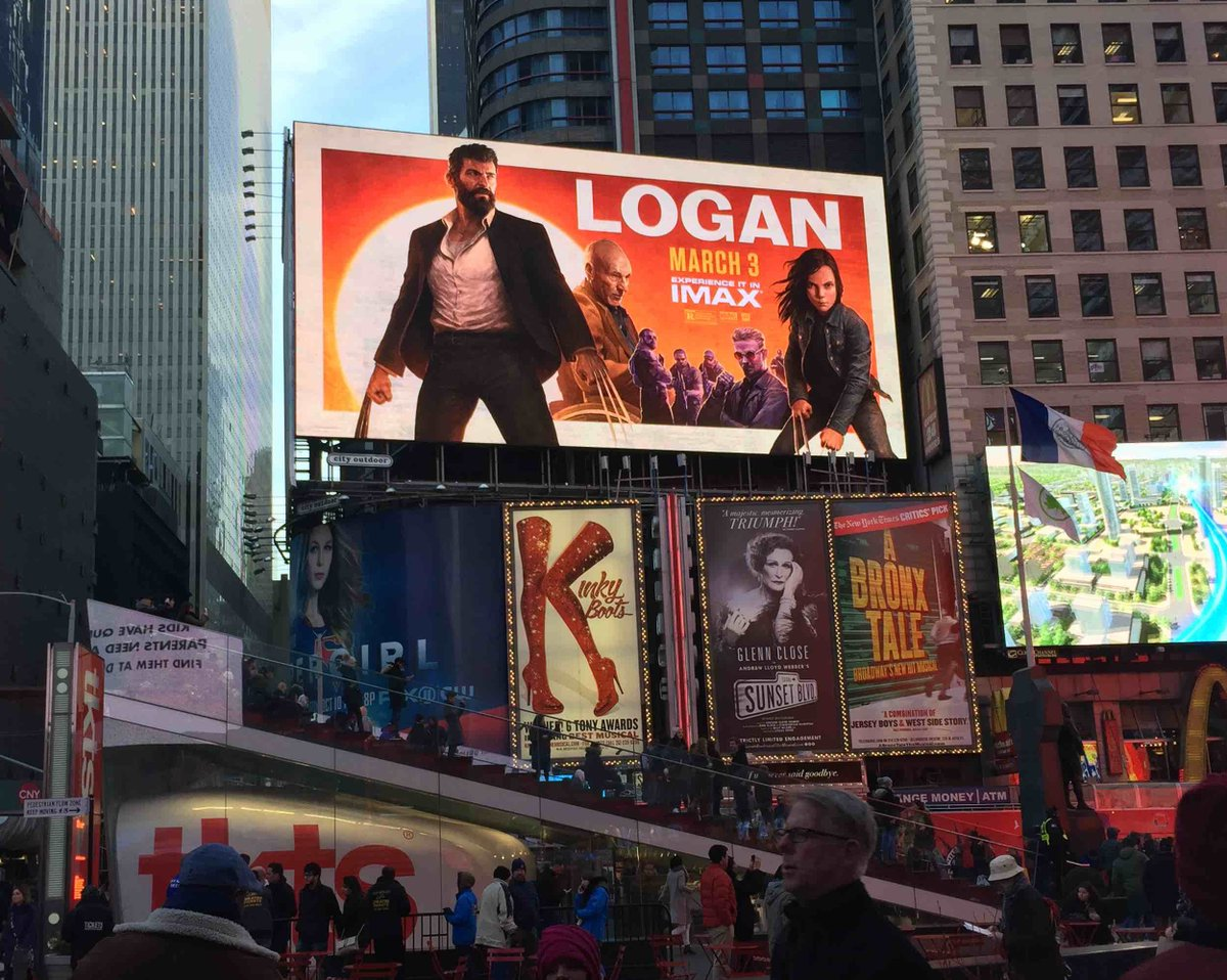 It&#39;s crazy to think the #Logan poster I painted with my #IPadPro is up in Times Square, NYC! It doesn&#39;t feel real!  #procreate #applepencil<br>http://pic.twitter.com/mlATlbAzqX