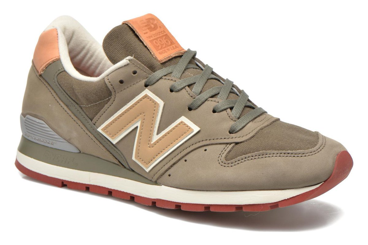 Men&#39;s New Balance M996 D Lace-up Trainers in Green #Sarenza #Fashion #Shoes #Bags #Deals -  http:// wp.me/p6RLYi-8tt  &nbsp;  <br>http://pic.twitter.com/IuVrjjEe8W