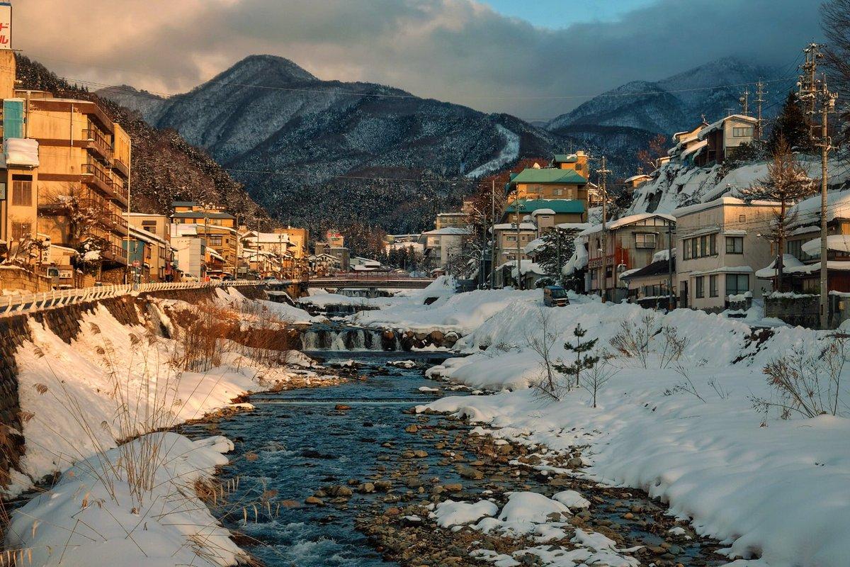 Seulement 3 petits jours dans la préfecture de Nagano, mais des souvenirs pour très longtemps ! #Japan #Snow #Monkey<br>http://pic.twitter.com/ewwIgukeRj