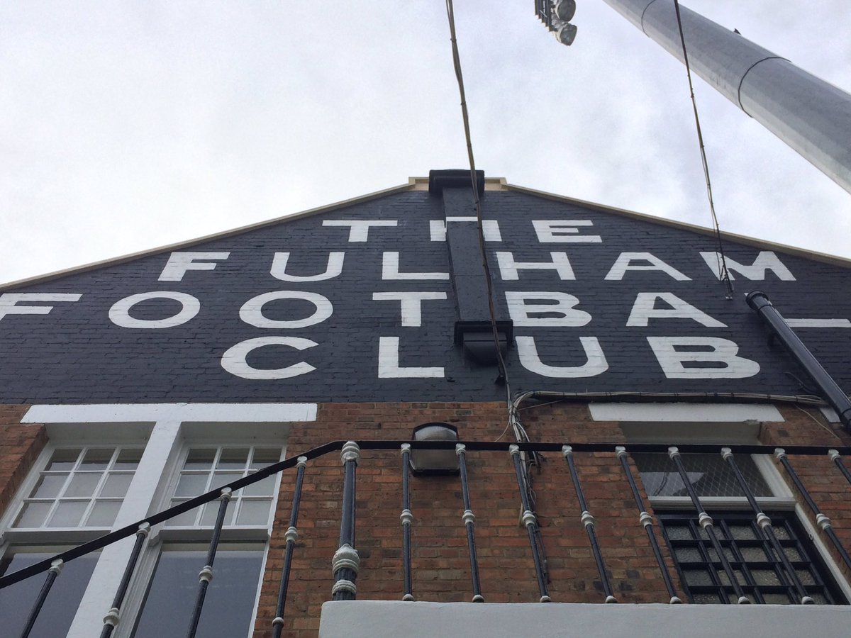 We're at Craven Cottage for today's @EmiratesFACup tie! Team news at 1...