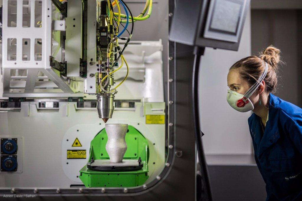 ️Aujourd&#39;hui, même des pièces aéronautiques sont fabriquées en impression 3D!  http:// spr.ly/60168VOGy  &nbsp;   #3DPrinting <br>http://pic.twitter.com/8bteLwPBaE