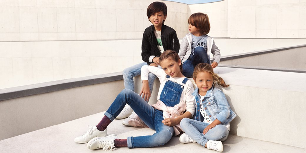 Laid-back cool! Fun and fabulous denim styles for your little trendsetters #HMKids   http:// hm.info/17f7h  &nbsp;  <br>http://pic.twitter.com/4I9bim9sYO