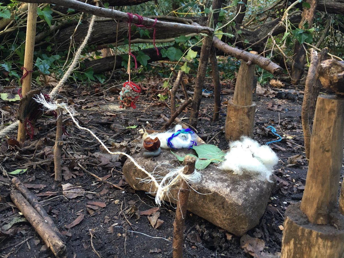#Children&#39;s #imagination &amp; #creativity went way beyond my wildest dreams with introduction of the #ChouChou people #ForestSchool #magic<br>http://pic.twitter.com/AkjJkCYNmD